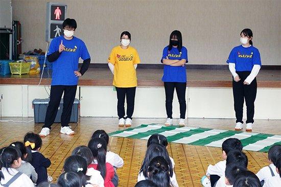 「JAFドレミぐるーぷ」が青森中央短期大学附属第三幼稚園で交通安全活動(2020/10/08)をしました